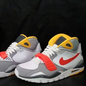 Nike Air Yrainer SC II Size 9.5